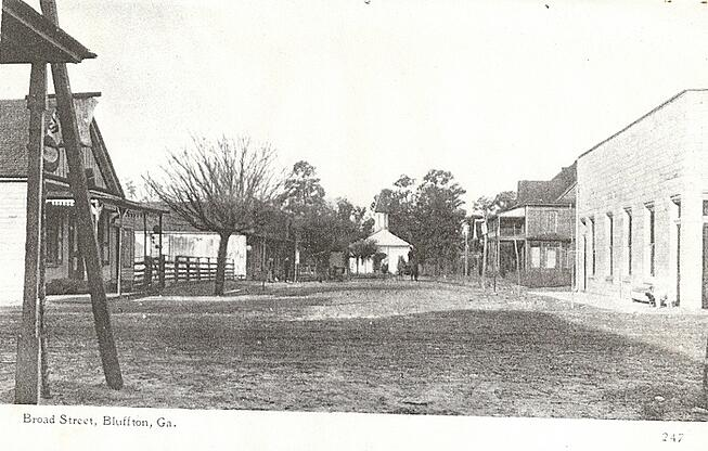 Historic photograph of Old Bluffton Broad Street