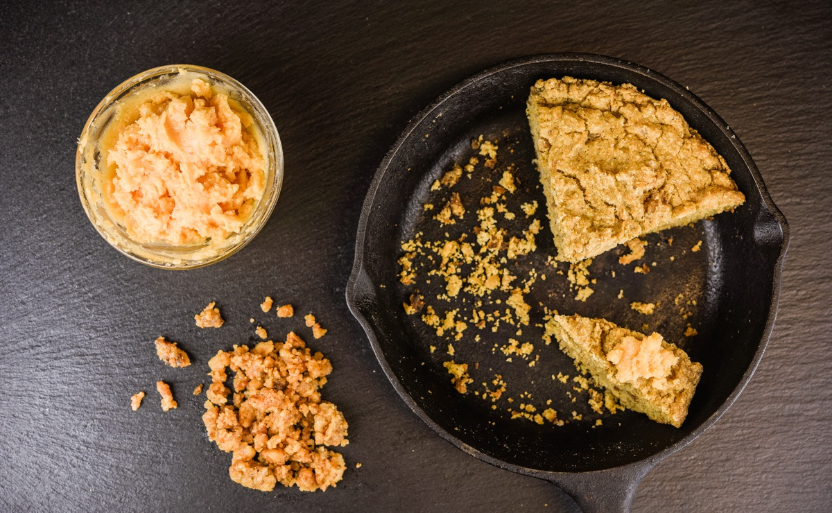 crackling cornbread also comes in a healthy gluten free option