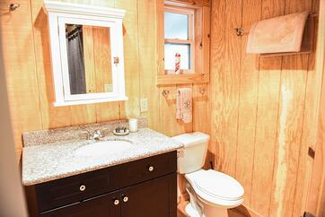 Beautiful guest house rental at White Oak Pastures
