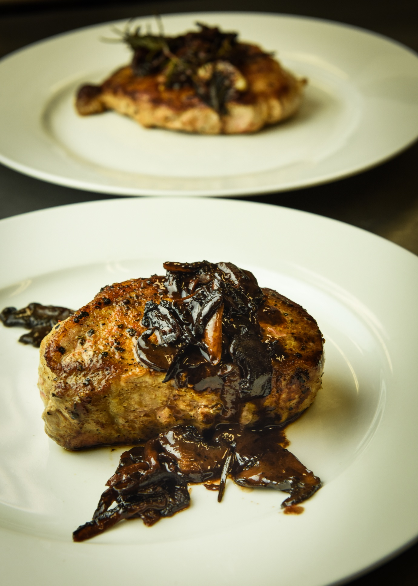boneless-pork-chop-mushroom-red-wine-2.jpg